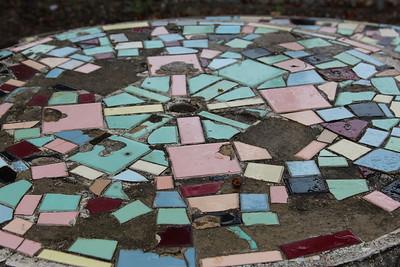 I love this mosaic design.