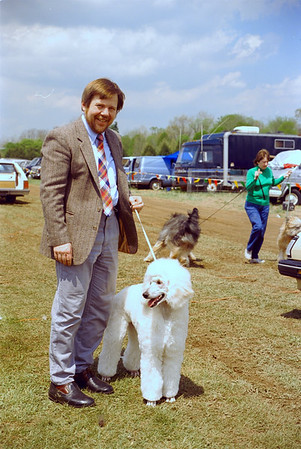 Nora and Jerry at Bucks County Kennel Club, 6-9 month bitch class (1989)