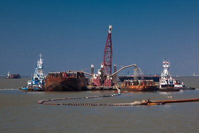 SPIDER BARGE OPERATIONS Pass A Loutre, Lower Mississippi River, Louisiana, 2010