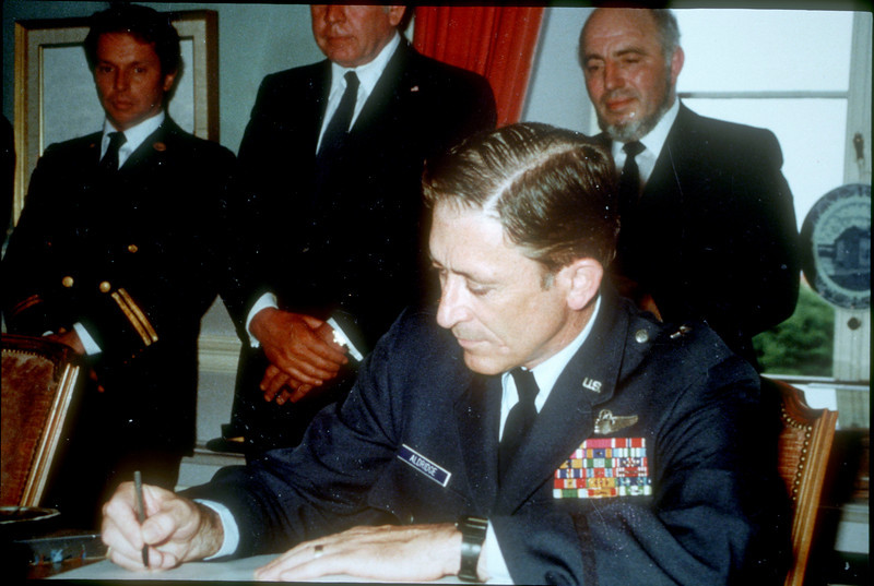 20_Signing ArgentinaMapping Agreement