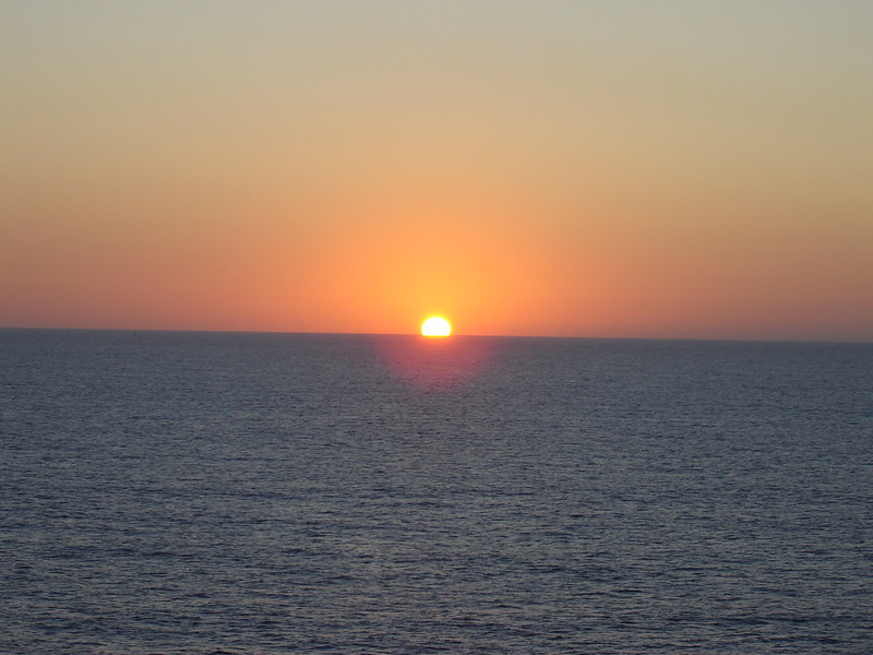 Caribbean Sunset <br /> Watch, you\'ll see the Green Flash