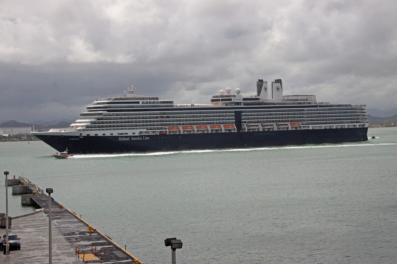 Holland America arriving in San Juan