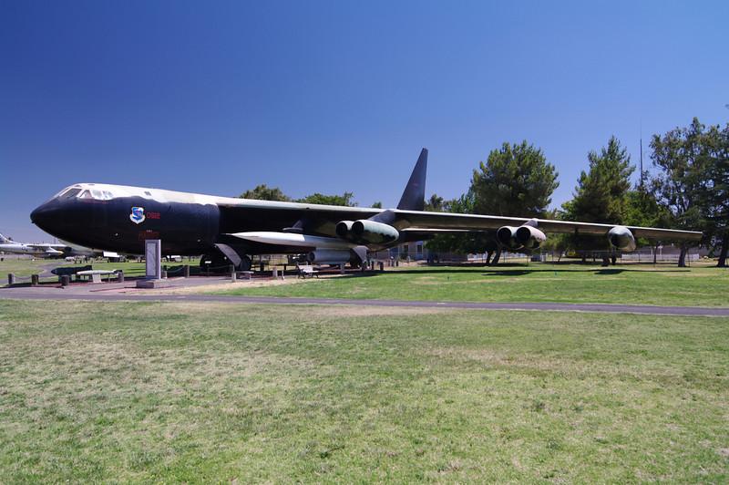 B-52D Stratofortress: (Bomber)