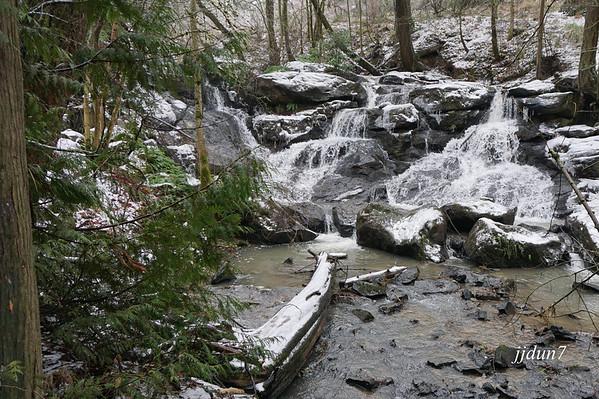 Ceder mill falls
