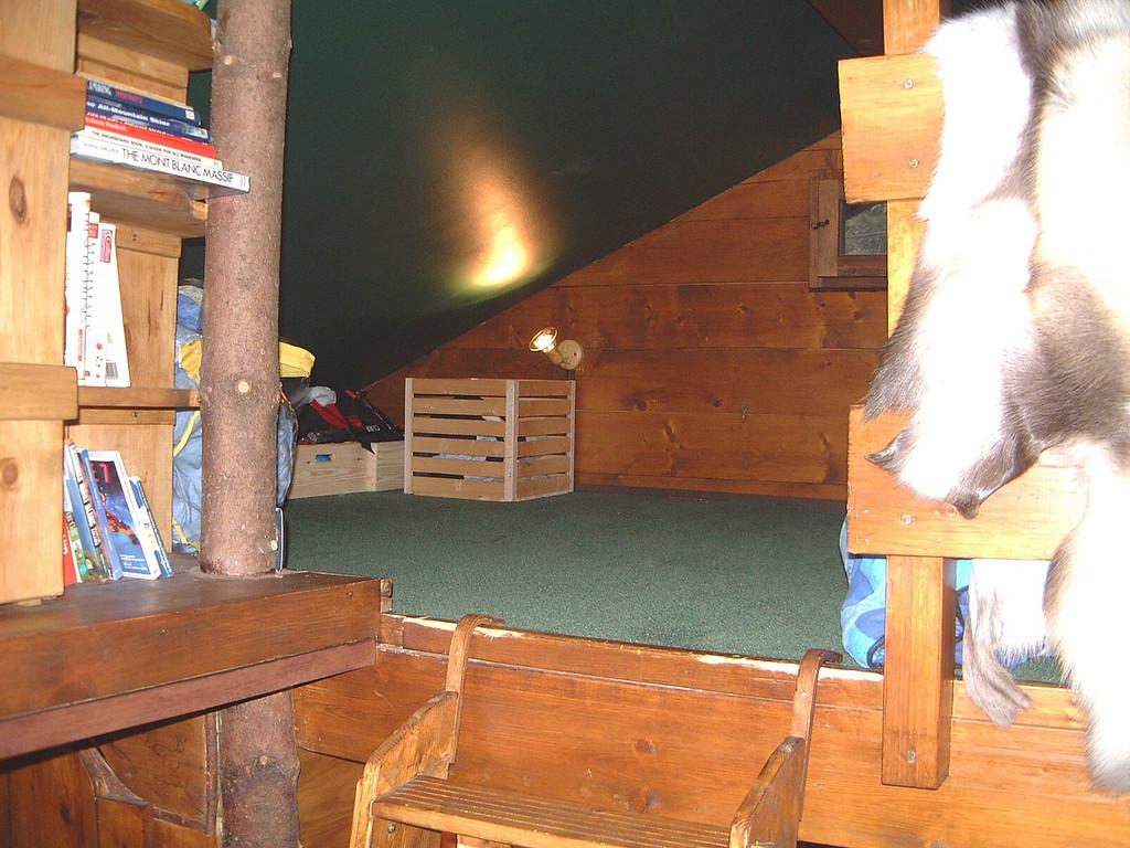 Sleeping Loft 3