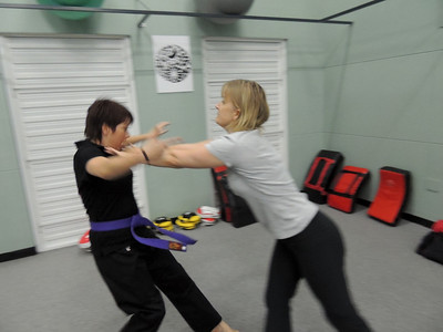 Free Women's Self Defence Course Nov 2012 022