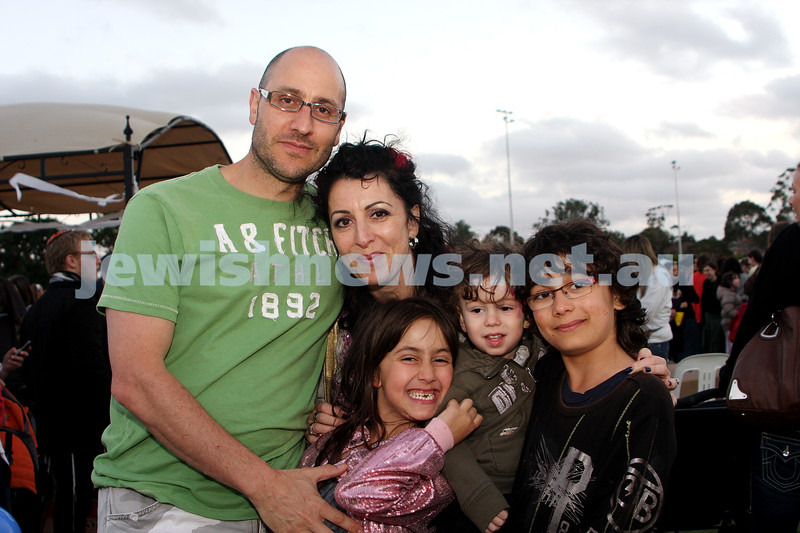 13/12/09. Chanukah in Caulfield Park 2009. From left: Craig, Nikki, Sasha, Jules and Noah Missell. Photo: Peter Haskin