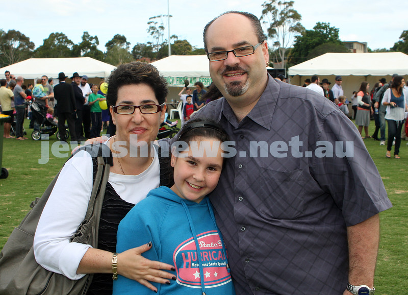 Chanukah in Caulfield Park 2009. photo: peter haskin