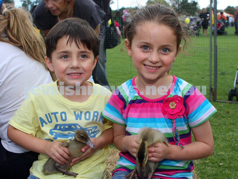 Chanukah in Caulfield Park 2009. Jayden and Ashley Donner. photo: Peter Haskin
