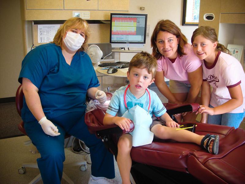 8019 LR<br /> <br /> Ist Dental Visit<br /> Charlie