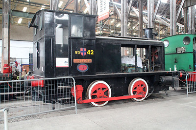0-4-0DM WD42 'Overlord'  11/10/13.