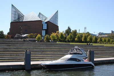 A boat docked at downtown Chattanooga boat dock.