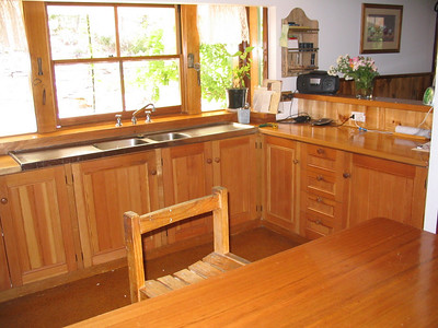 Real Estate: The kitchen