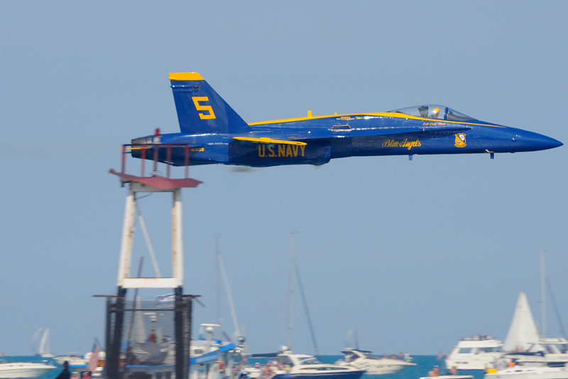 Chicago Air & Water Show 2008, Blue Angels low pass