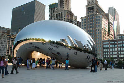 The Bean or by it's real name Cloud Gate by Anish Kapoor in Chicago's Millennium Park
