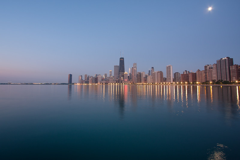 Moon over Chicago 2