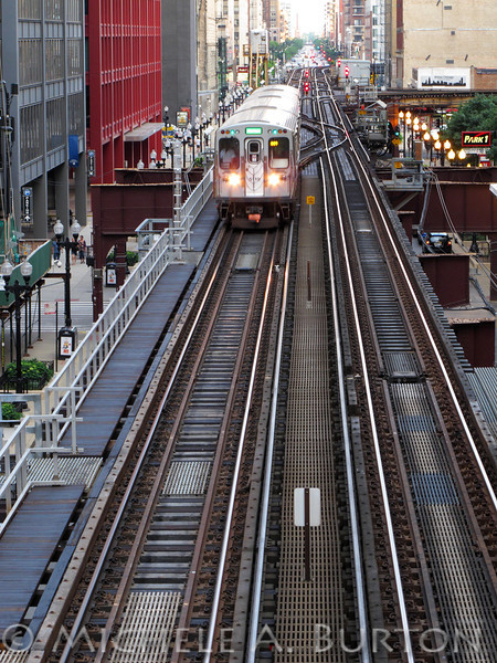 Train on the Elevated Tracks<br /> The Loop