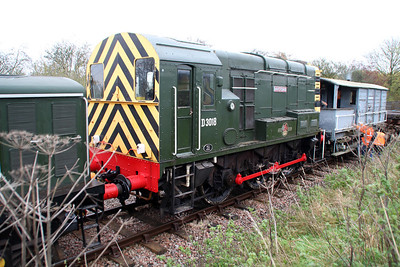 D3018 (08011) 'Haversham' at Thame Park Jct on an engineers train.