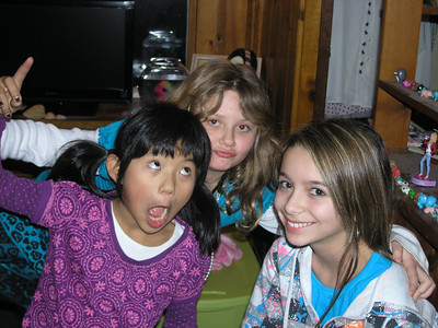 As you probaly know, I'm the girl in the back on the right of me is another cousin Lauren and Cleo!!!!!!!!!!!!