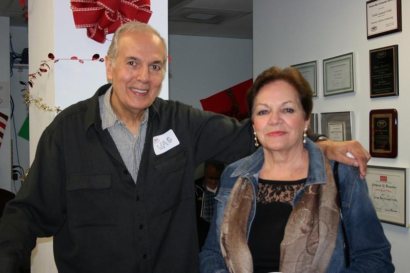 Vas Gariakos & Toni Beach