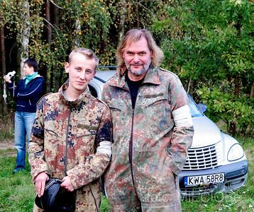 ładne chłopaki, szkoda, że marnują się w armii......