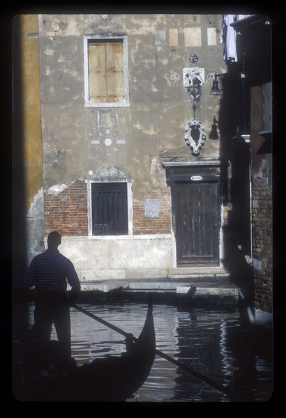Gondoleer, Venice, Italy.