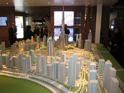 Burj Dubai and Old Town/Downtown.  No Defence Roundabout and it looks like Doha Street will be a six lane highway.