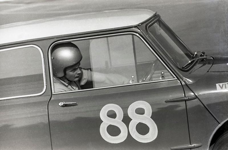 Harry Ratcliffe, VItaD Mini Cooper