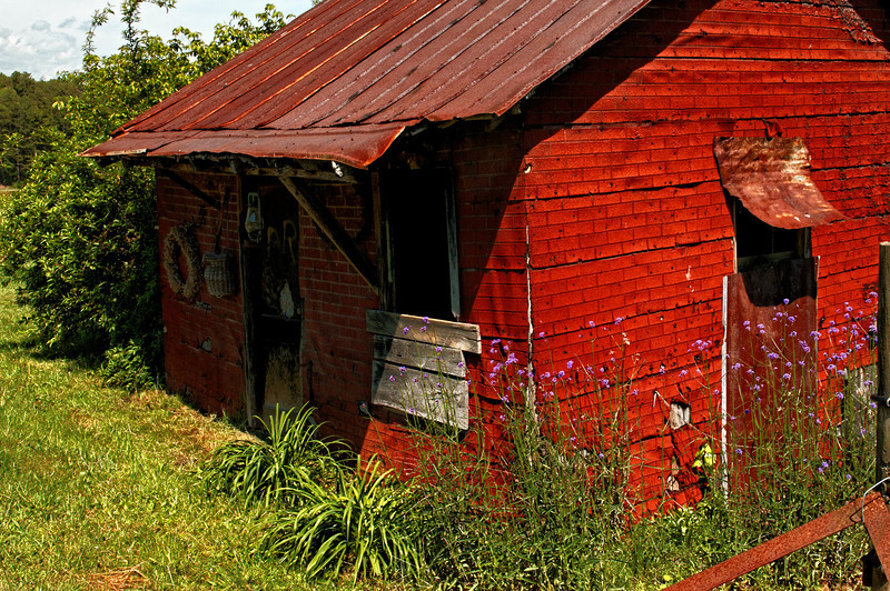 Rusty Spur Farm Building