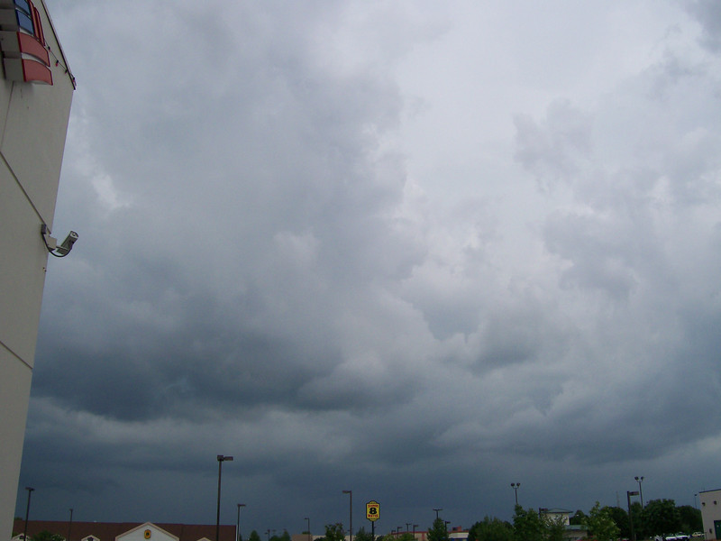 When we got back to Blue Springs, the clouds were towering above us in the parking lot of the grocery store.
