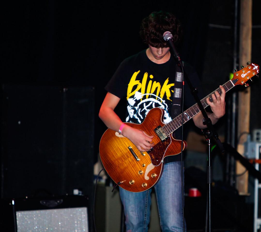 Zane Zinkiewicz - Rhythm Guitar.