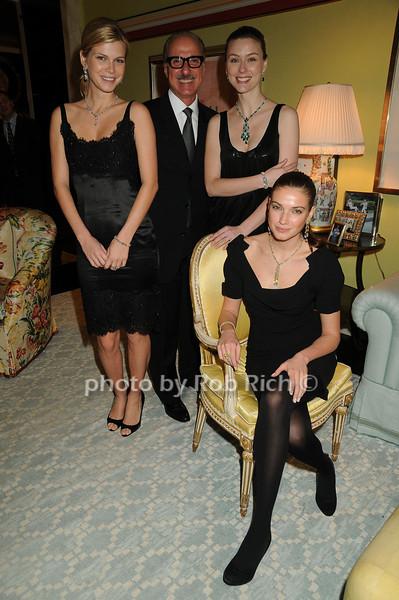 Peter Kairis with models<br /> photo by Rob Rich © 2008 robwayne1@aol.com 516-676-3939