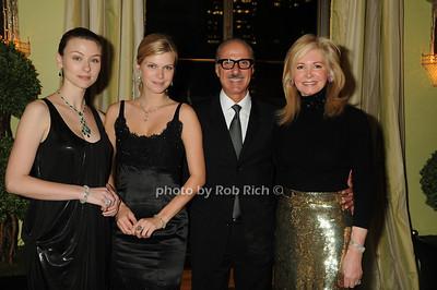 Models, Peter Kairis , Hilary Geary Ross photo by Rob Rich © 2008 robwayne1@aol.com 516-676-3939