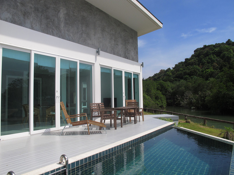Outside Terrace and pool in the one bedroom seaview villa Koh Lanta