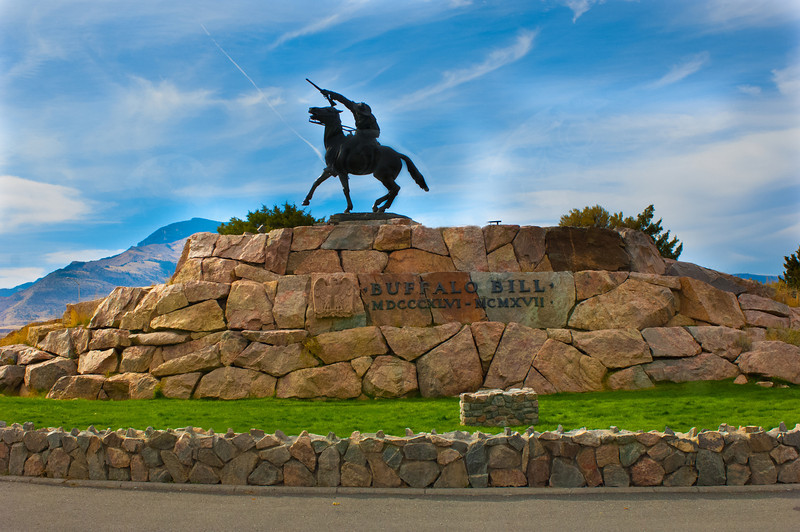 Buffalo Bill Statue_DOA7226
