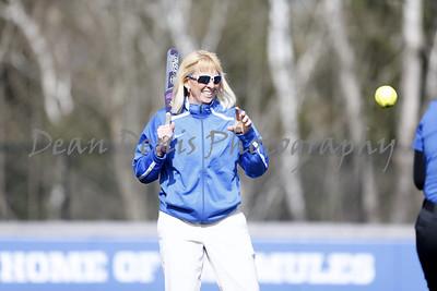Colby womens softball vs Farmington (2 of 171)