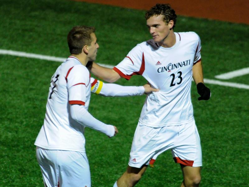 Cincinnati Bearcats defeat Rutgers Scarlet Knights (1-0) at Gettler Stadium in Cincinnati, Ohio.