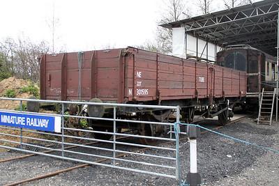 22t N301595 Colne Valley Railway 31/03/12