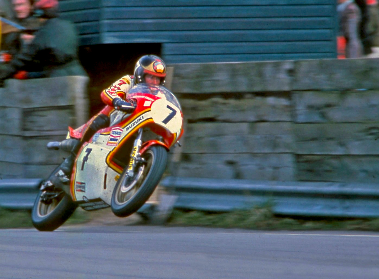 barry-sheene-wheelie