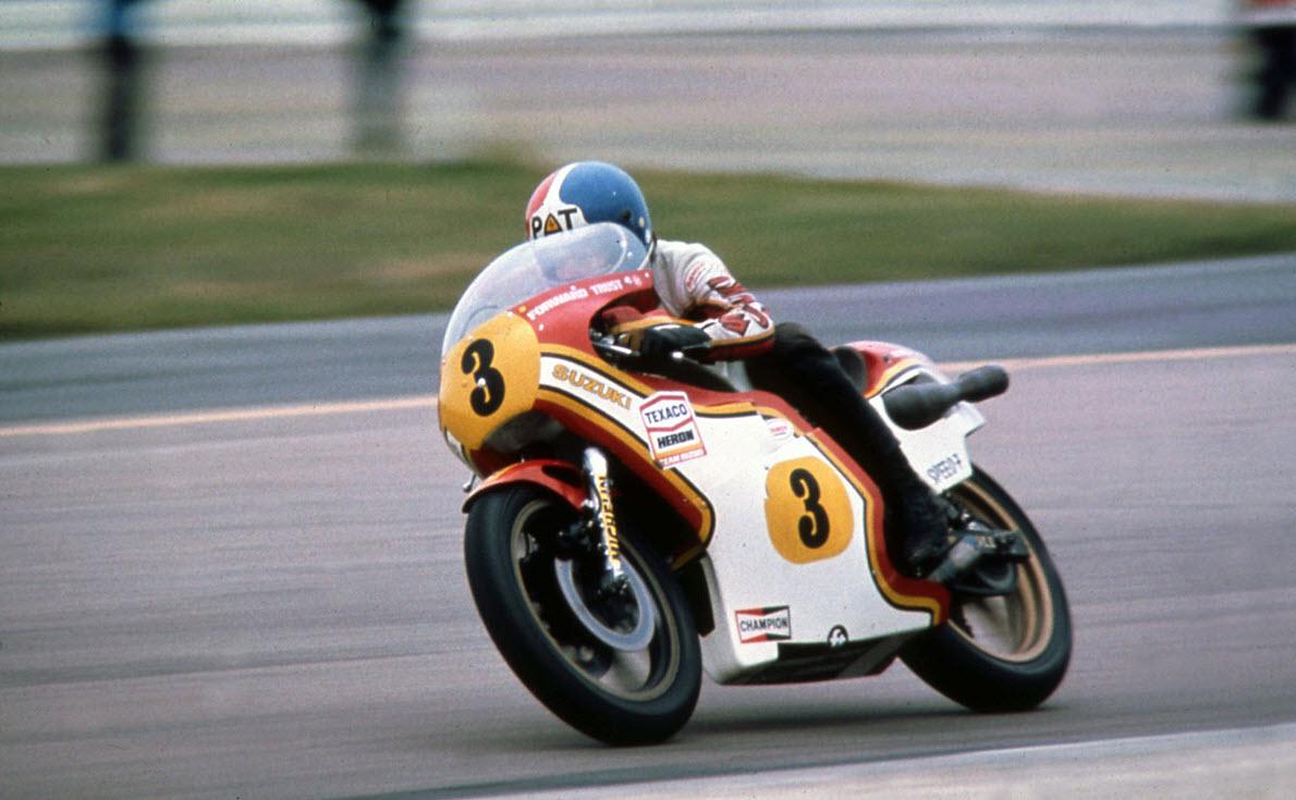 Suzuki-RGA500-XR22-ridden-by-Pat-Hennen-for-Team-Heron-Suzuki