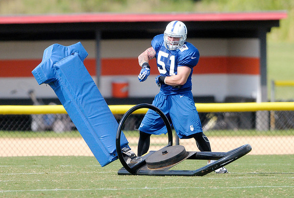 Don Knight/The Herald Bulletin<br /> Pat Angerer practices at Colts Camp on Tuesday after being activated off PUP.