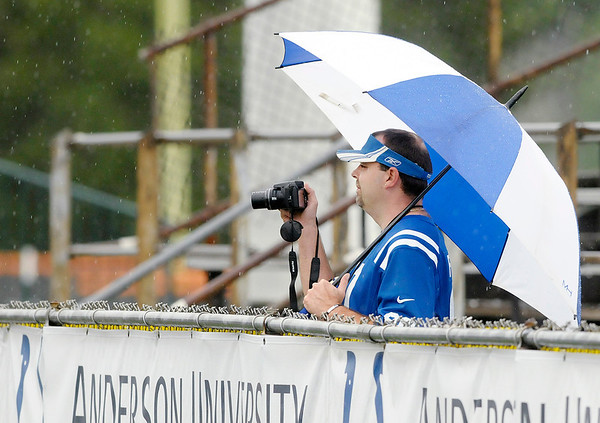 AU reported 105 fans turned out despite the schedule change and inclement weather during Colts practice at AU on Thursday.