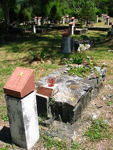 prisoners graves