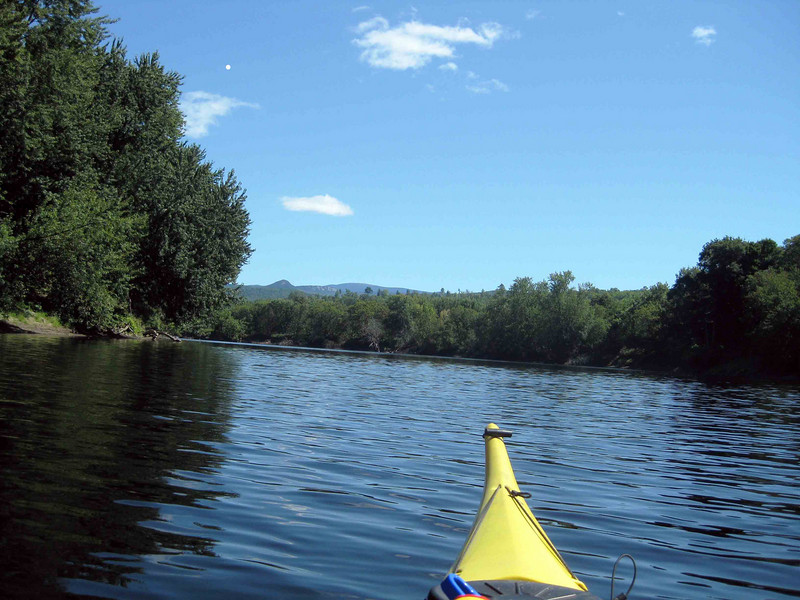 heading up river, Vt on the left, NH on the right