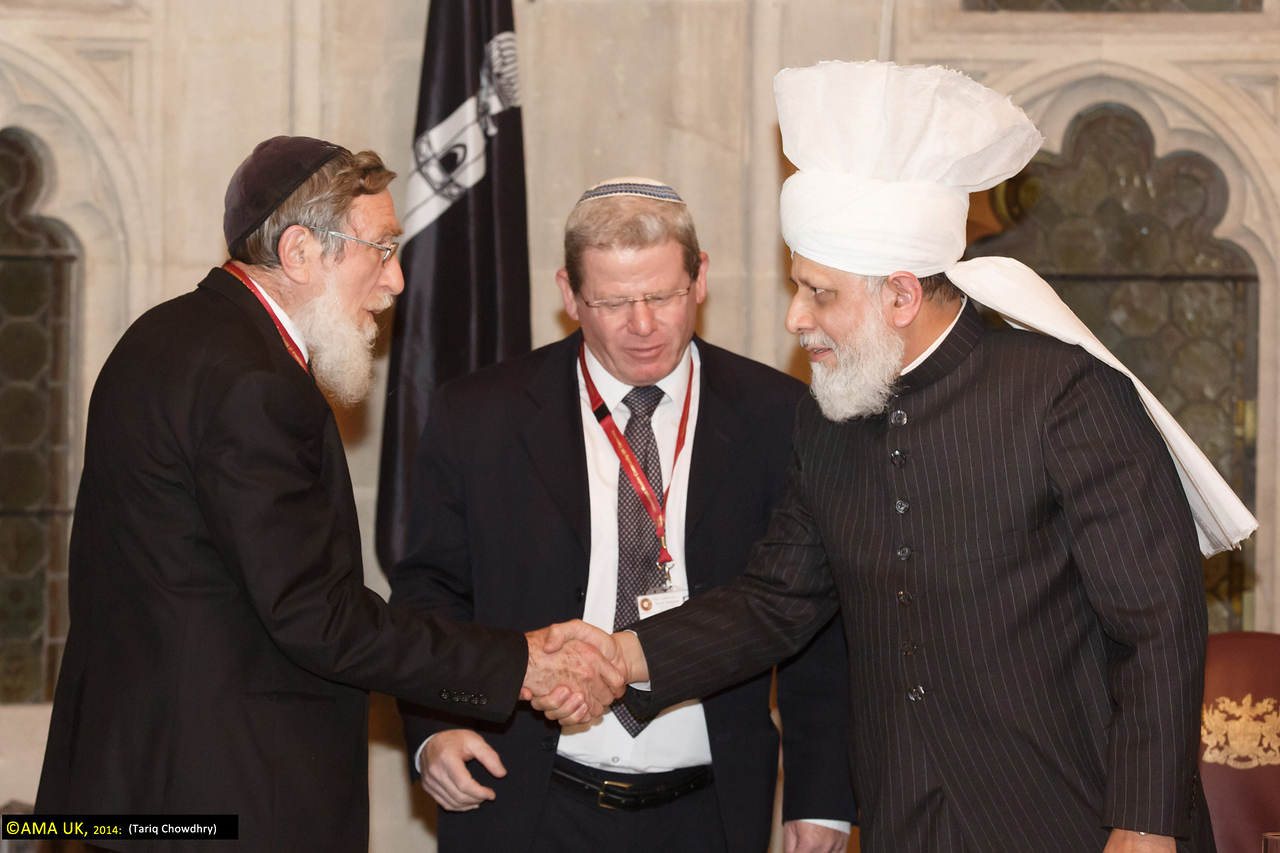 Rabbi Oded Weiner, Chief of Staff of the Office of the Rabbi of Israel, Rabbi Prof Daniel Sperber, representative of the Chief Rabbi of Israel are greeted by Huzur.