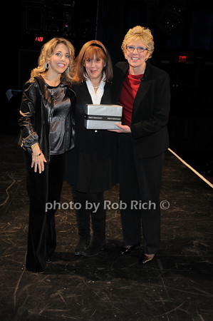 Pamela Liebman,Sherry Matays, Tresa Hall<br /> photo by Rob Rich © 2010 robwayne1@aol.com 516-676-3939