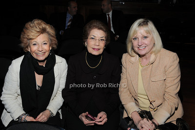 Laurie Carlis, Nina Marlo, Mary Nealie photo by Rob Rich © 2010 robwayne1@aol.com 516-676-3939