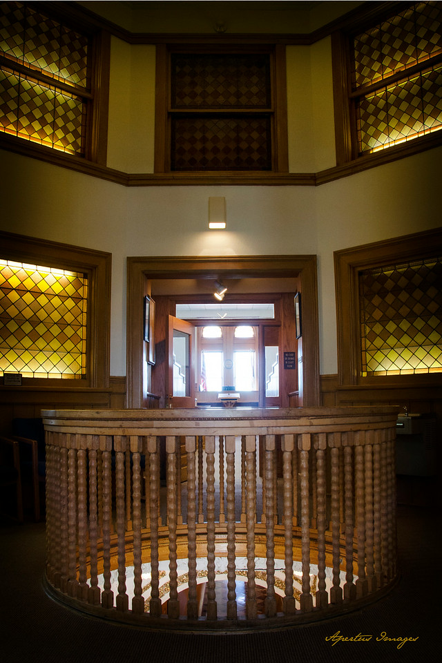 Jersey County Courthouse: Entry to Courtroom (2014)