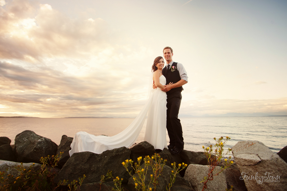 Oyster Bay Beach Resort Campbell River wedding weddings photos photography