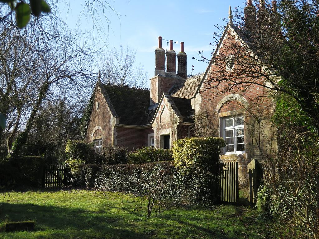 Henry Cottages, Long Crichel